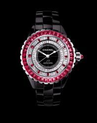 Chanel J12 erscheint als Limited Edition