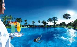 Las Dunas Beach Hotel & Spa Pool