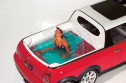 Stretched Mini Cooper S Limo mit Pool