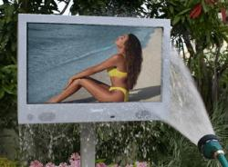 SunBriteTV 46-Zoll Outdoor LCD