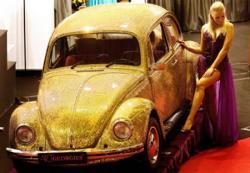 Volkswagen Käfer von 1968 in Gold