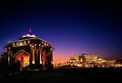 Millionen Dollar Urlaub im Emirates Palace Abu Dhabi