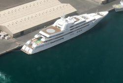 Die größte Luxusyacht der Welt - Dubai