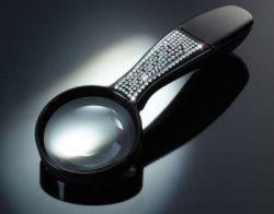 Lupe mit Swarovski Kristallen besetzt
