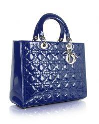 Lady Dior Handtasche aus Lackleder in blau