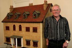 englische Puppenvilla für 60.000 Euro