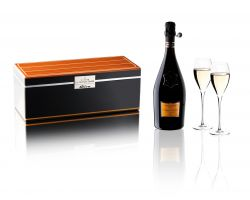 Veuve Clicquot Cruiser BOX La Grande Dame by Riva