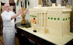 Das Weisse Haus aus 200 Kg Lebkuchen