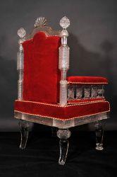 Kristall-Sessel für wahre Könige