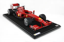 Modell F60 im Maßstab 1:8 der Formel-1-Weltmeisterschaft 2009