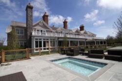 Ein Haus für 35.000 Dollar am Tag