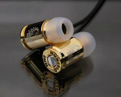 Ohrhörer in Form einer 9mm Kugel