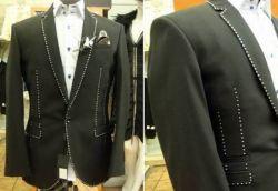 Stuart Hughes zeigt teuren Diamant Anzug