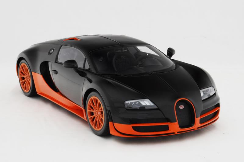 bugatti veyron 16 4 super sport in klein. Black Bedroom Furniture Sets. Home Design Ideas