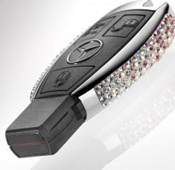 Swarovski veredelt Mercedes-Benz Schlüssel