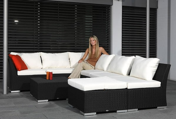 wetterfeste rattanm bel f r die terrasse. Black Bedroom Furniture Sets. Home Design Ideas