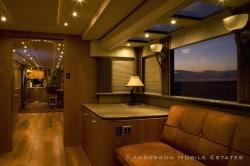 Ashton Kutchers rollendes Haus - Anderson Mobile Estates The Heat