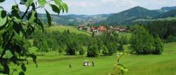 Golf spielen in den Alpen