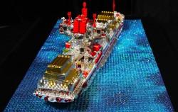 Lego Schiff mit Swarovski Kristallen