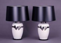 Lampe mit Schleifenmotiv aus der Peter Nebengaus Collection