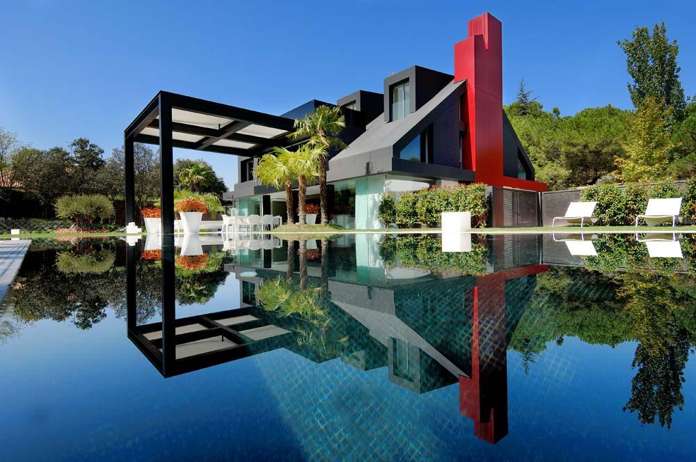 feinstes Design und neueste Technologie in Madrid - richtigteuer.de