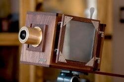 Oplica Kamera aus Holz wie vor 150 Jahren