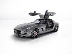 Mercedes-Benz SLS AMG GT mit neuer Rennstrecken-Performance