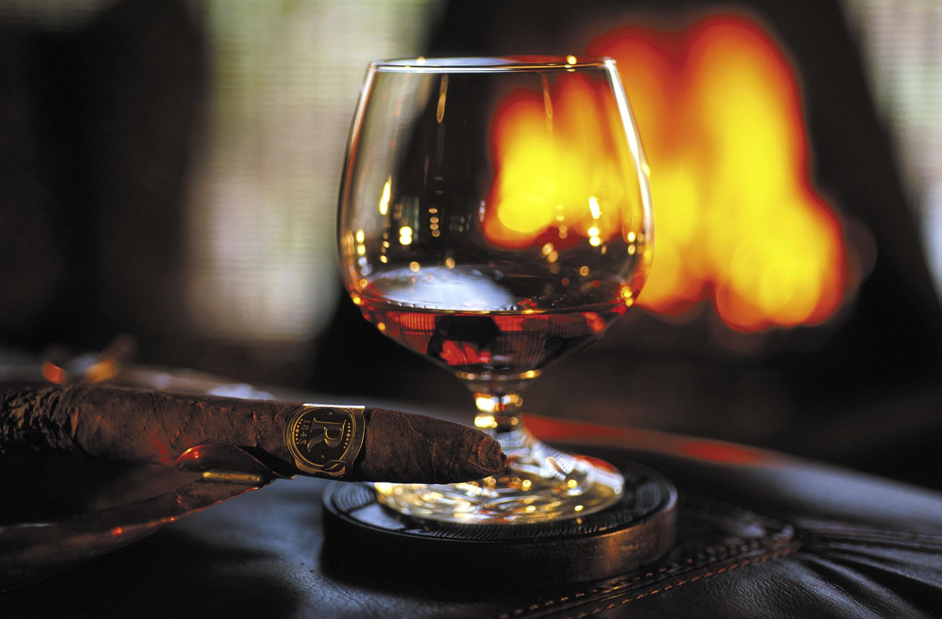 Zigarren-und-Cognac.jpg