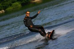 Surfen ohne Wellen - ganz einfach mit Motor