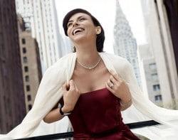 exklusiven Schmuck beim Juwelier kaufen - oder online