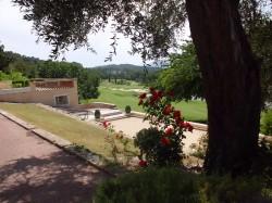 Golf auf dem Royal Mougin Golfplatz an der französischen Riviera
