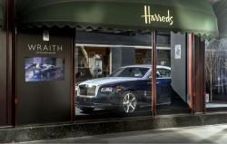 Rolls-Royce Wraith stand eine Woche im Londoner Luxus-Kaufhaus Harrods