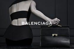 Balenciagas Herbst wird monochrom