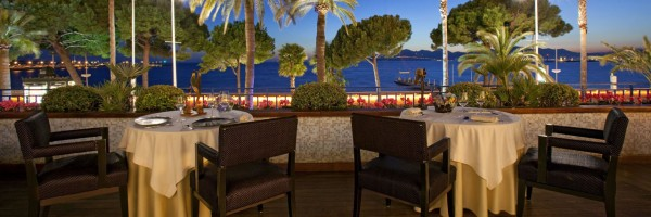 Hotel Martinez in Cannes, der glamourösen Stadt am Mittelmeer