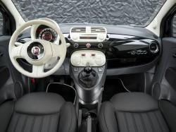 Fiat 500 Sonderausgabe - inspiriert von Guerlain's La Petite Robe Noire