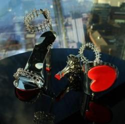 Die Luxusvilla von Rihanna in den Hollywood Hills steht zum Verkauf