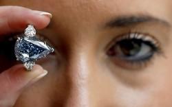 Größter blauer Diamant der Welt wird versteigert
