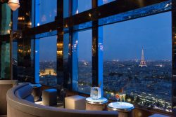 Restaurant Le Jules Verne in Paris