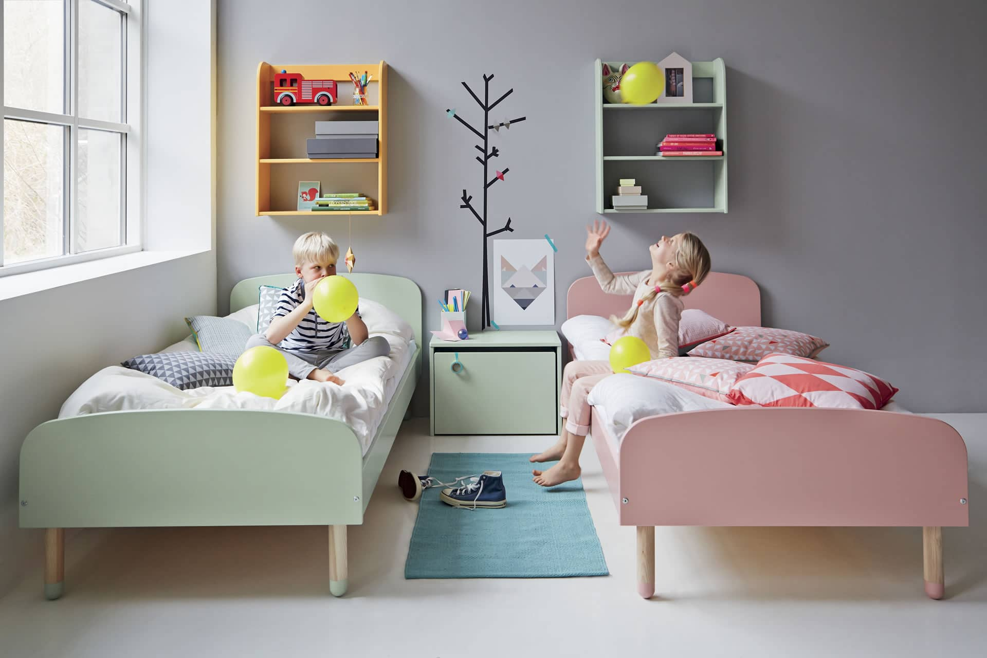 kinderzimmer und kinderbetten f r alle anspr che. Black Bedroom Furniture Sets. Home Design Ideas