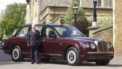 Neuer Job zu vergeben - Queen sucht Chauffeur