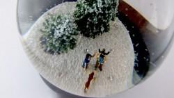 Persönliche Schneekugel mit Diamanten