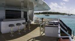 Die drei Decks der Yacht M3 - ein Luxusgeschenk - bieten tolle Aussichten