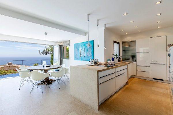 Meerblick aus der Küche