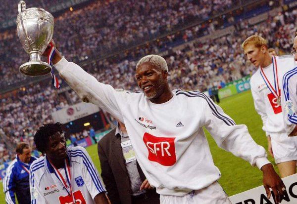 Fußballer Djibril Cissé kauft Lord-Titel