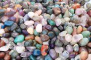 Arten von Edelsteinen und Materialien, die in Schmuck verwendet werden